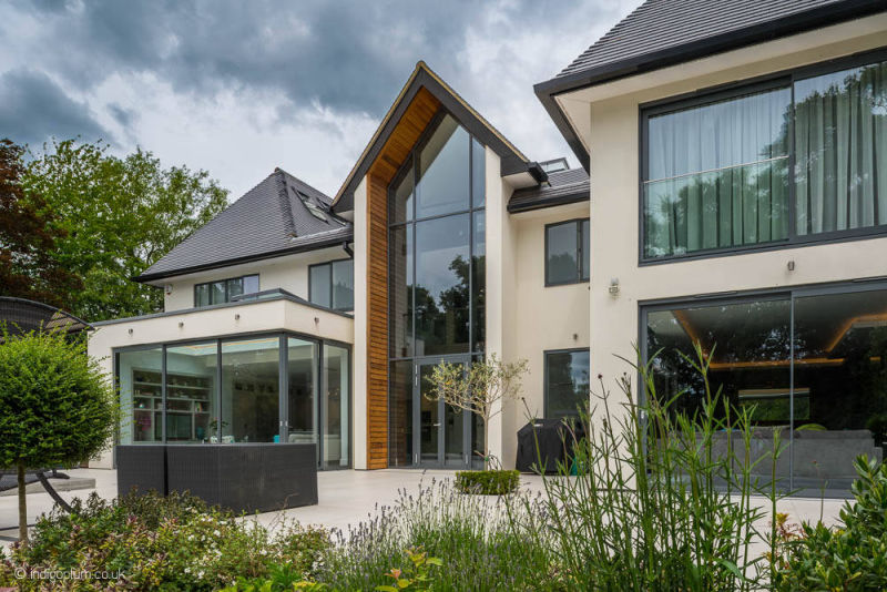 Awesome Bespoke New House In Hertfordshire Mb Master Builders London Interior Design Ideas Helimdqseriescom